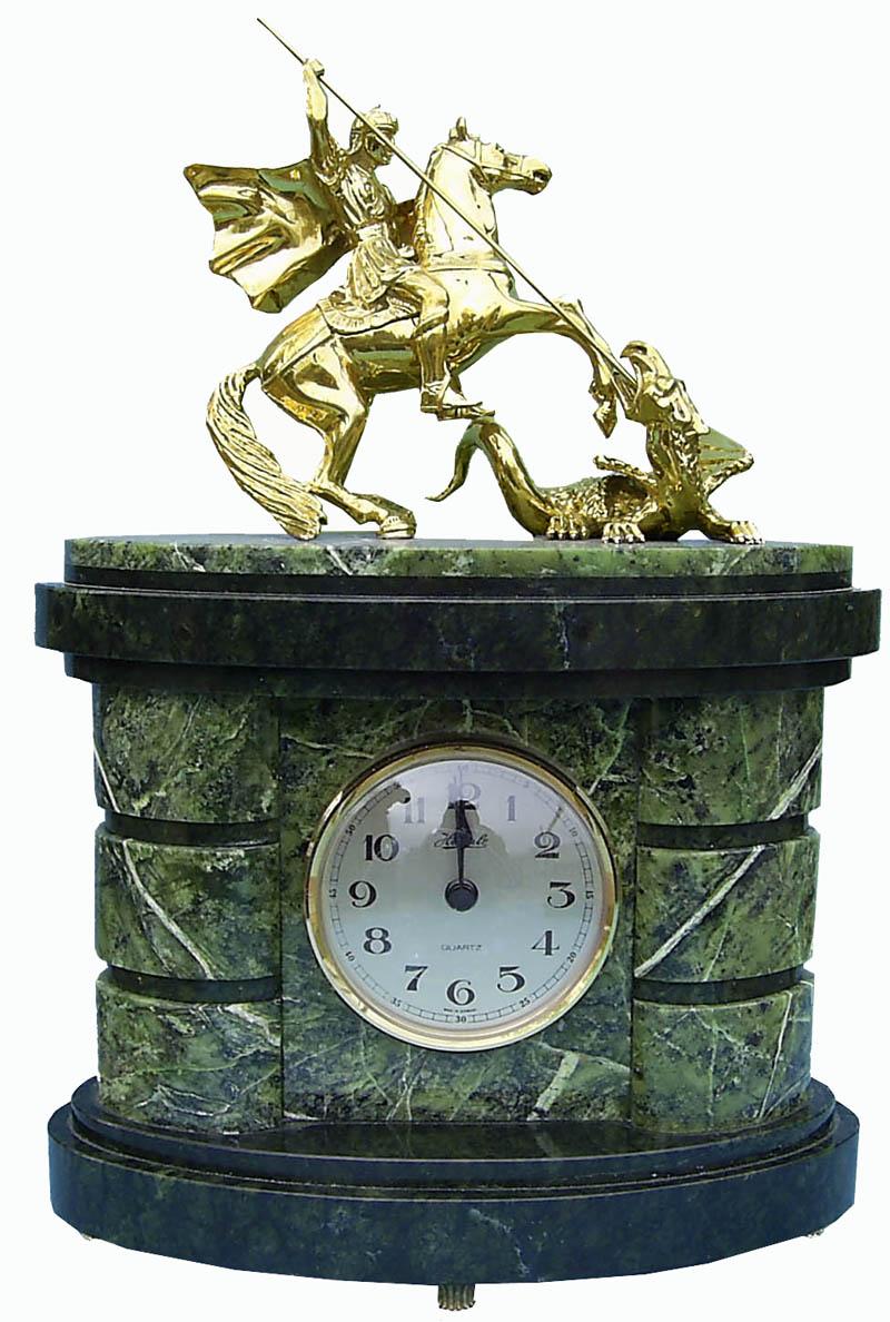 Кулон из натурального камня с ручной росписью Ястреб